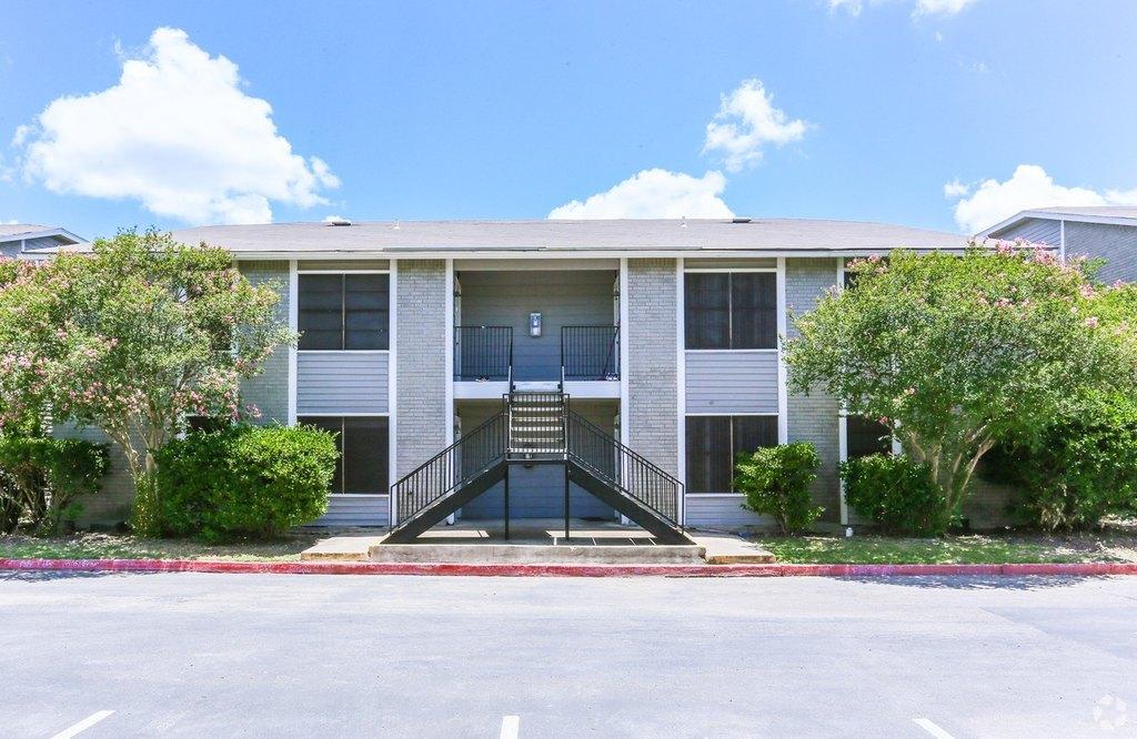 Florencia Villas | 1109 San Marcos Pkwy | Apartment for Rent