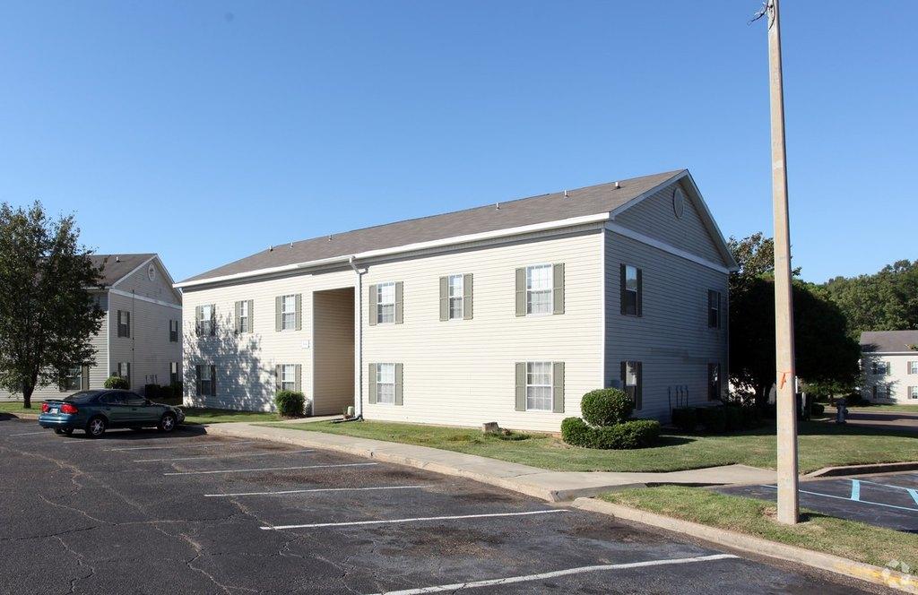 5425 Clinton Blvd, Jackson, MS 39209