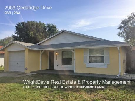 2909 Cedaridge Dr, Tampa, FL 33618