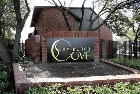9821 Summerwood Cir, Dallas, TX 75243