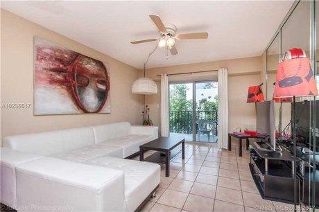 1000 Michigan Ave Apt 209, Miami Beach, FL 33139