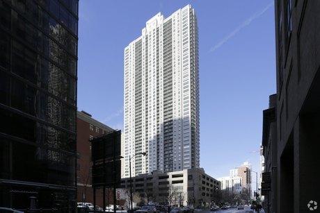 1 W Superior St Chicago, IL 60654