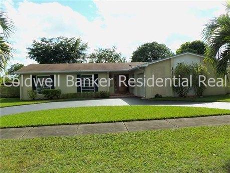 10230 Sw # 102, Miami, FL 33176