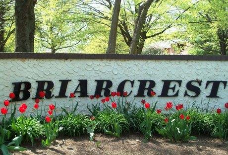 Briarcrest Gardens | 999 Briarcrest Dr | Apartment For Rent | Doorsteps.com
