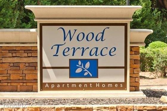 100 Wood Terrace Cir, Doraville, GA 30340