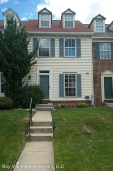 2407 Kevsway Ct, Windsor Mill, MD 21244