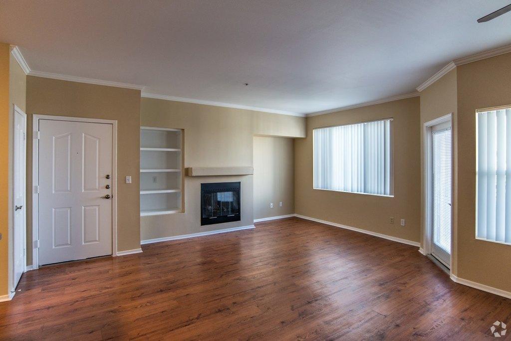 8000 W Crestline Ave, Littleton, CO 80123