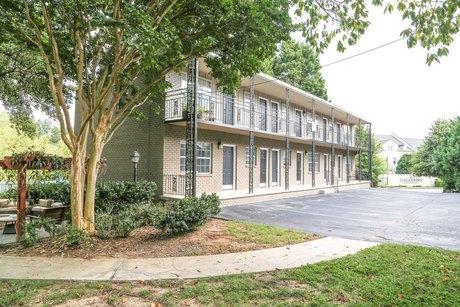 480 NE Peachtree Hills Ave, Atlanta, GA 30305