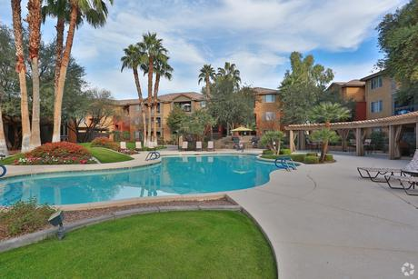 9330 W Mcdowell Rd Phoenix, AZ 85037
