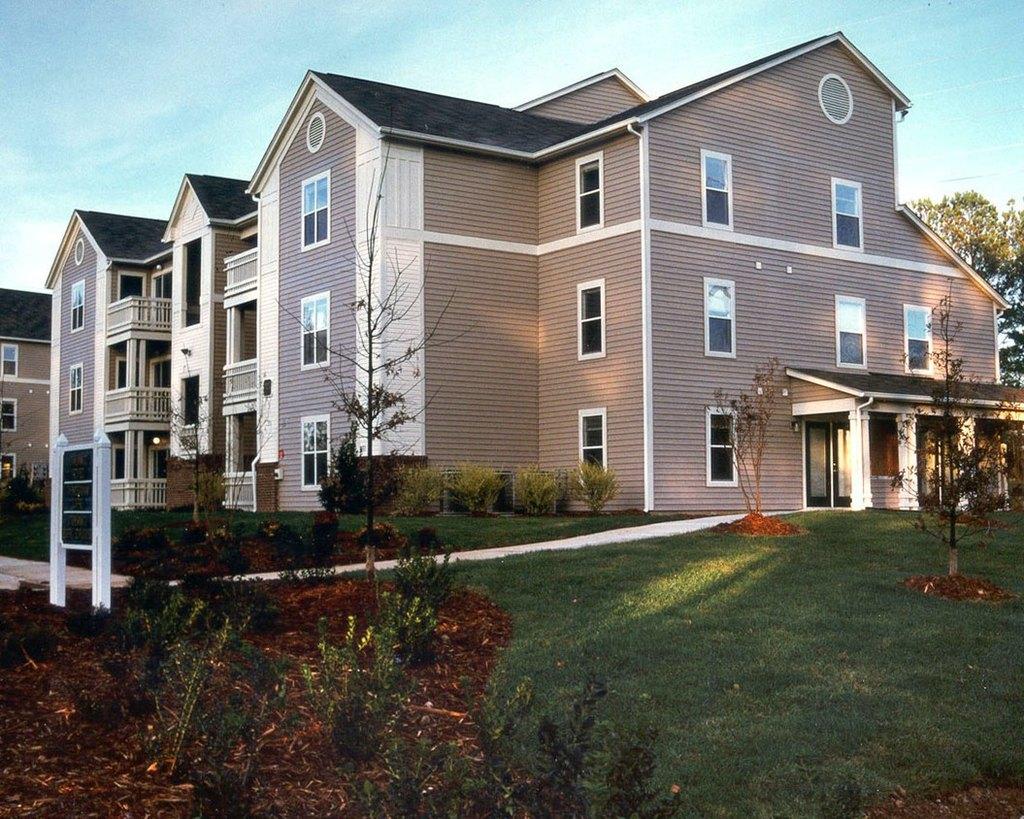 1749 Dobbins Dr Apt 1B, Chapel Hill, NC 27514