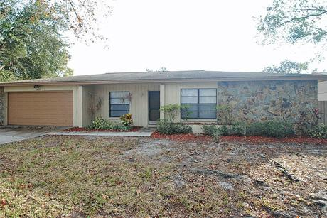 16515 Forest Lake Dr, Tampa, FL 33624