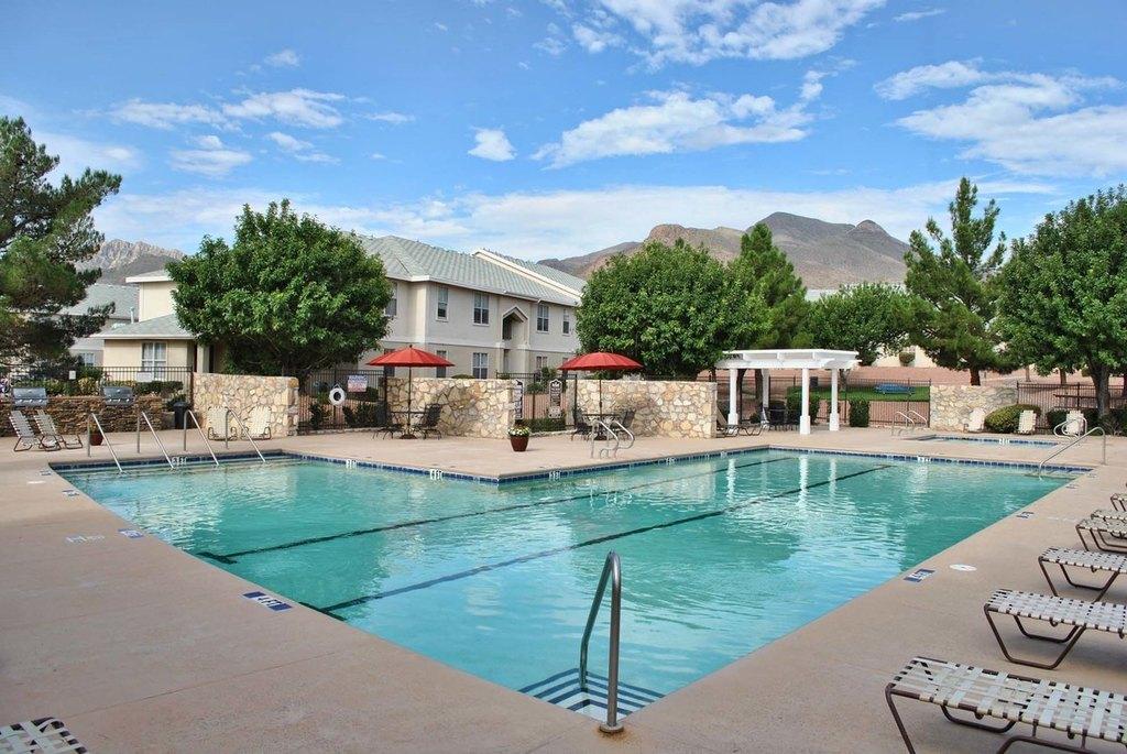 4600 Fairbanks Dr, El Paso, TX 79924