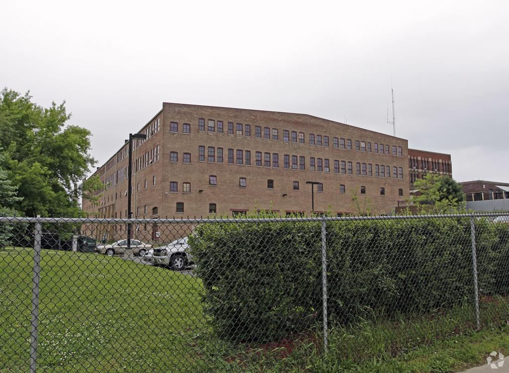 Racine, WI Apartments & Houses for Rent - 49 Listings | Doorsteps com