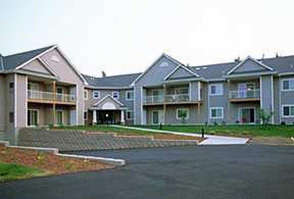 N83 W13600 Fond Du Lac Ave, Menomonee Falls, WI 53051