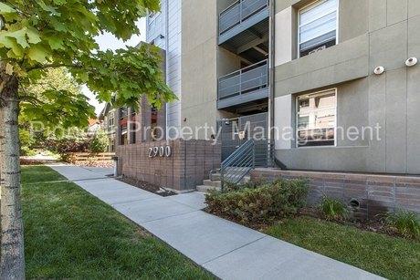 2900 Wyandot St, Denver, CO 80211
