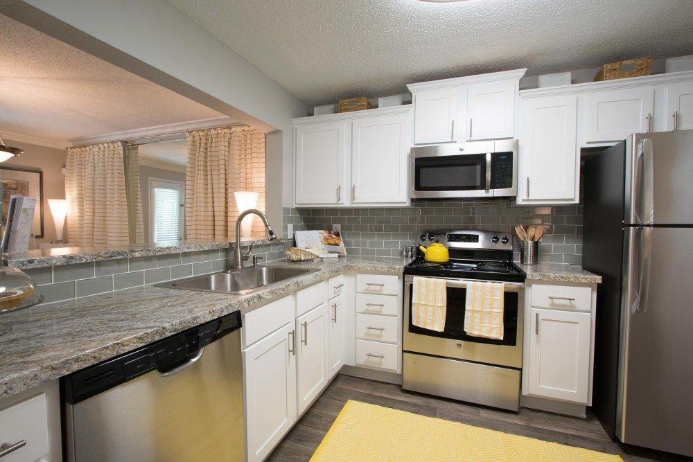 47 Spalding Trl, Sandy Springs, GA 30328