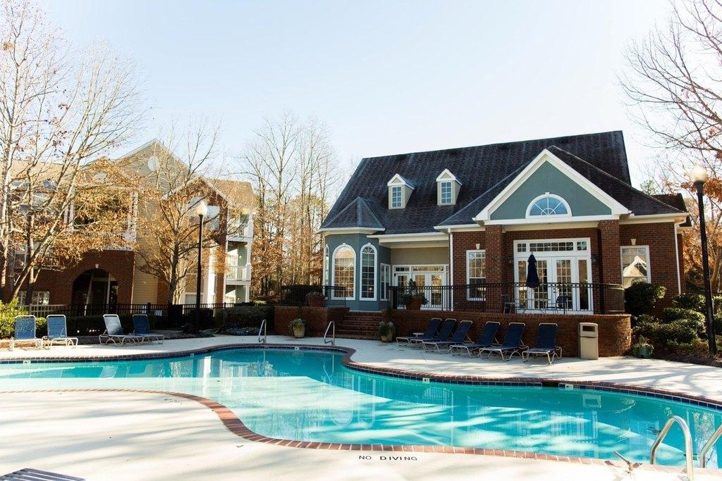 4000 Grand Manor Ct, Raleigh, NC 27612