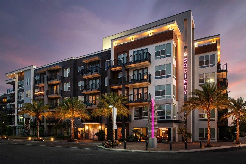 2202 N Lois Ave, Tampa, FL 33607