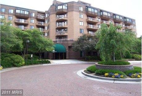 2111 Wisconsin Ave NW Apt 503, Washington, DC 20007