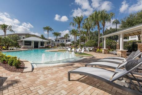 1820 Crosstown Club Pl, Tampa, FL 33619