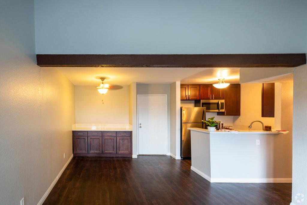 The Lodge At Porter Ranch Apartments 10631 Lindley Ave Apartment For Rent Doorsteps Com