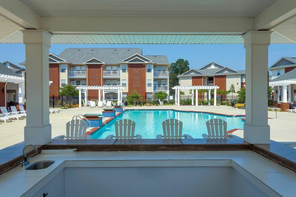 1200 Acqua Luxury Lifestyle Apartments | 1200 Harrison Creek ...