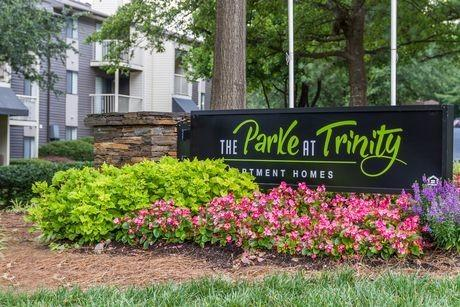5301 Creek Ridge Ln, Raleigh, NC 27607