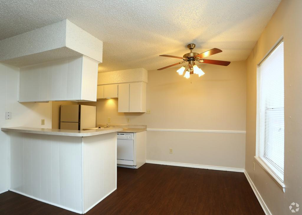 Stratford Place All Bills Paid 4901 4th St Apartment For Rent Doorsteps Com,Family House Dream House 5 Bedroom House Plans 3d