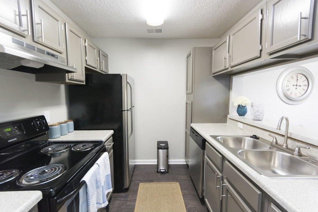 100 Wood Terrace Pl, Doraville, GA 30340