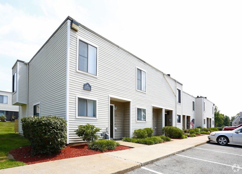 511 Payne Hill Rd, Jefferson Hills, PA 15025