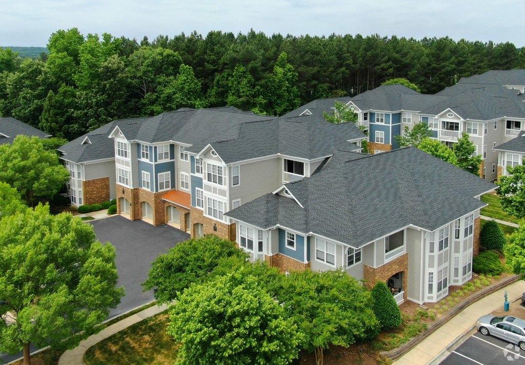 100 Village Crossing Dr, Chapel Hill, NC 27517