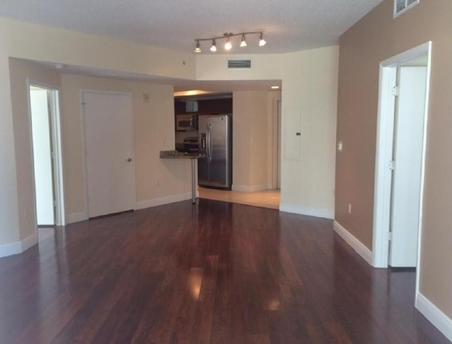 7290 SW 90th St, Kendall, FL 33156