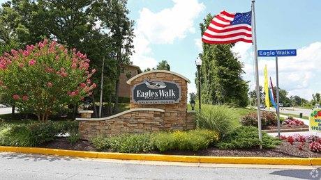 7500 Eaglewalk Dr, White Marsh, MD 21237
