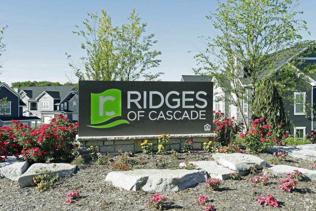 5985 Cascade Rdg SE, Grand Rapids, MI 49546