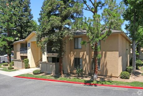 Pet-Friendly Apartments & Houses for Rent in Fresno, CA on Doorsteps com