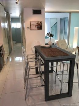 1614 West Ave Apt 503 Miami Beach, FL 33139