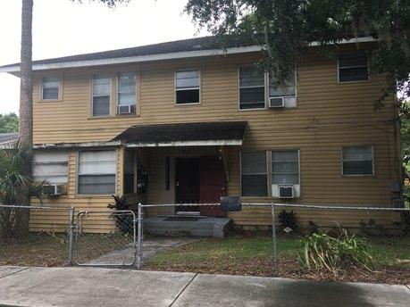 911 E 23rd Ave Tampa, FL 33605