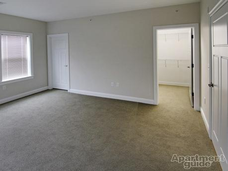 Pet-Friendly Apartments & Houses for Rent in Easton, MA on
