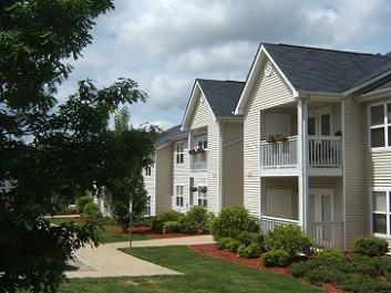 Hendersonville Nc Apartments Houses For Rent 34 Listings Doorsteps