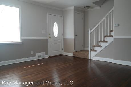 1604 Pentwood Rd Baltimore, MD 21239