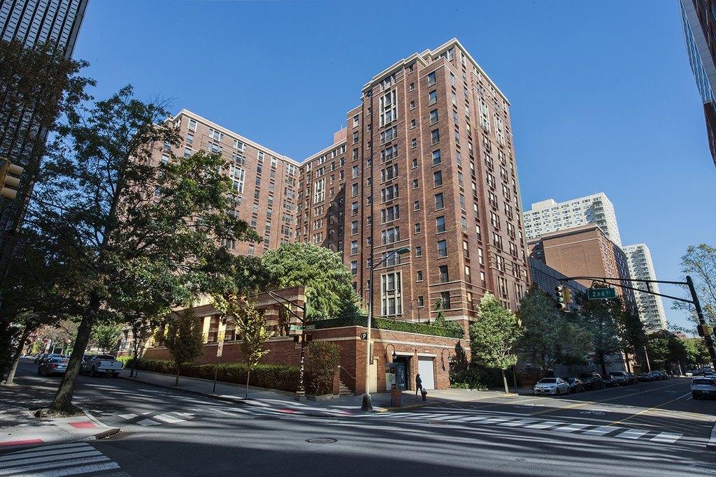 235 Hudson St, Hoboken, NJ 07030