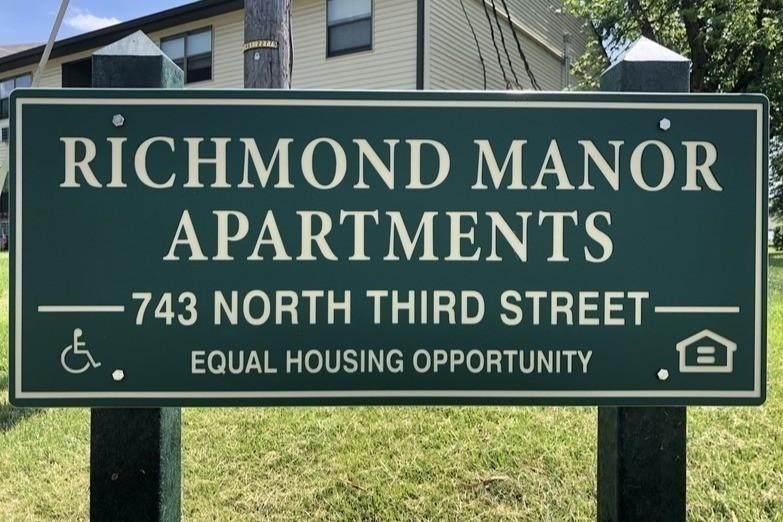 Richmond Manor Apartments - Section 8 | 743 N 3rd St