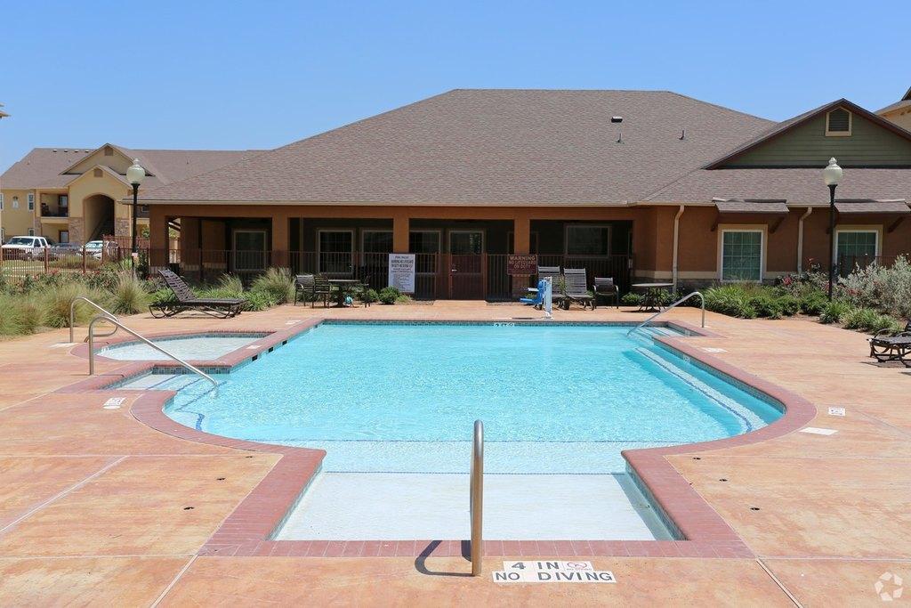 33168 Whipple Rd, Los Fresnos, TX 78566