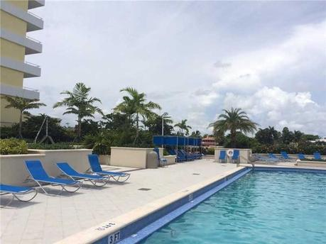 5600 Collins Ave, Miami Beach, FL 33140