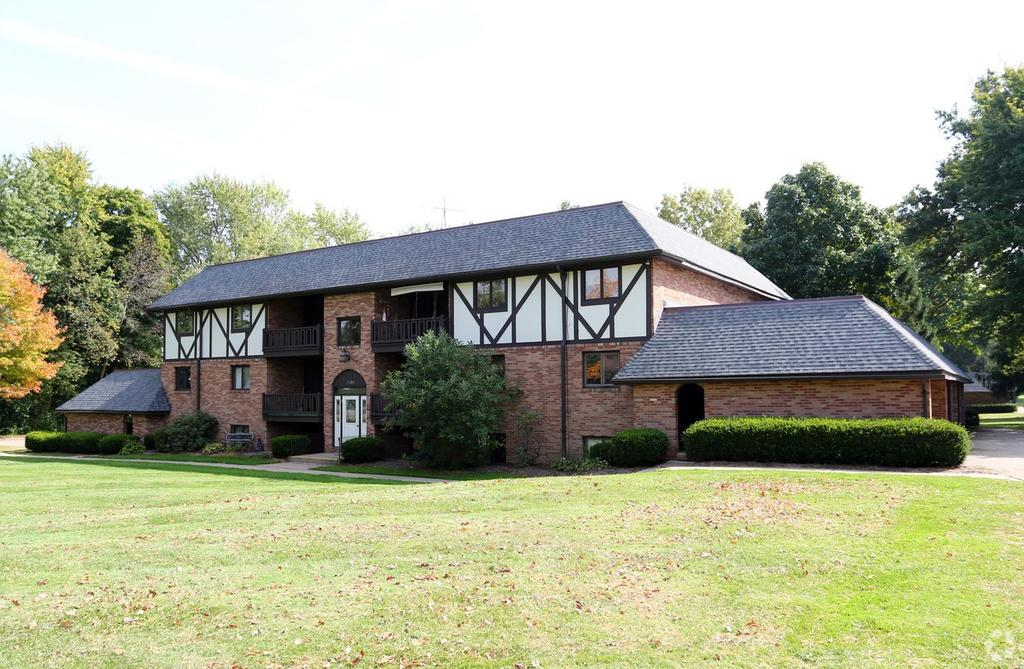 5228 Everhard Rd NW, Canton, OH 44718