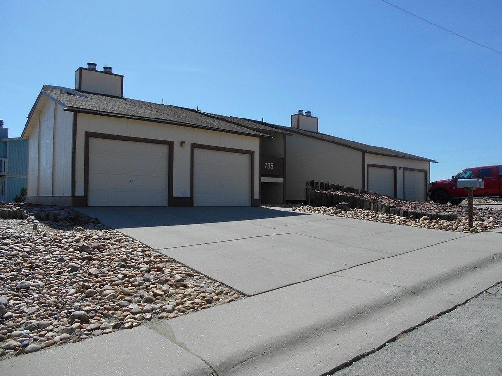 704 Miller Court B Rawlins Way, Rawlins, WY 82301