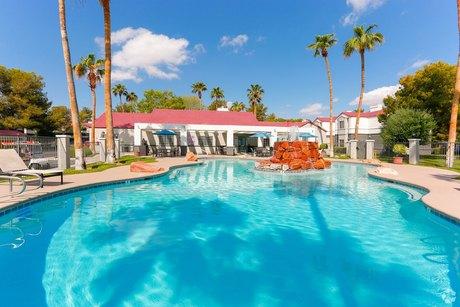7000 S Paradise Rd, Las Vegas, NV 89119