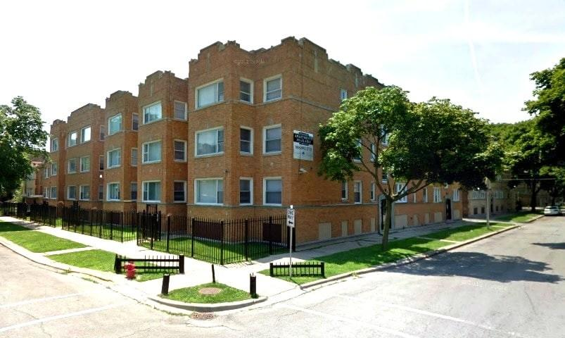 7800 S Kingston Ave, Chicago, IL 60649