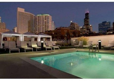 356 N Desplaines St Chicago, IL 60661