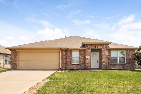 15611 Gatsby Ln, Dallas, TX 75253